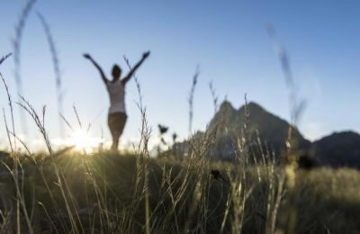 Die Magie des Morgens: Bewegung in der Herbstnatur